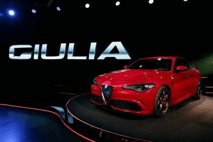 2015 Alfa Romeo Giulia Quadrifoglio 9