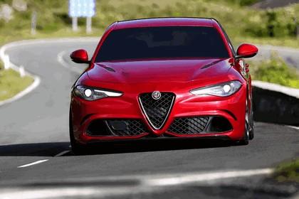 2015 Alfa Romeo Giulia Quadrifoglio 14