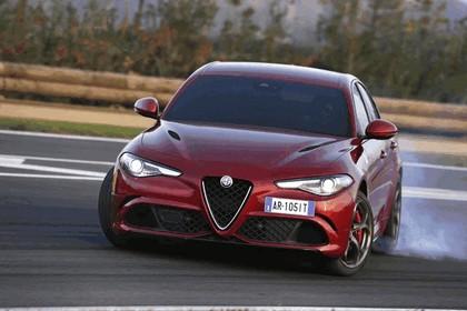 2015 Alfa Romeo Giulia Quadrifoglio 30