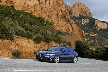 2015 Alfa Romeo Giulia Quadrifoglio 68