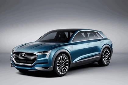 2015 Audi e-tron quattro concept 1