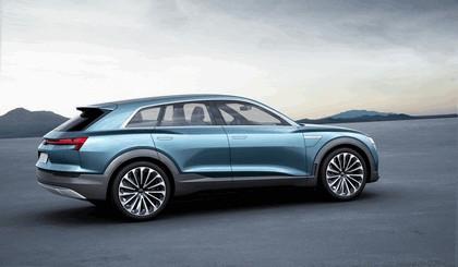 2015 Audi e-tron quattro concept 15