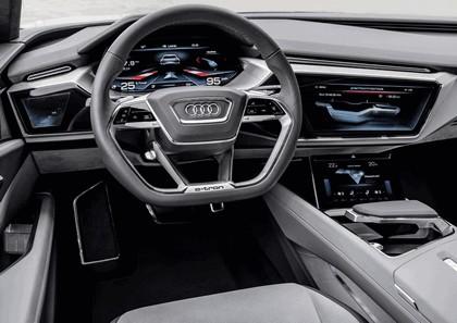 2015 Audi e-tron quattro concept 37