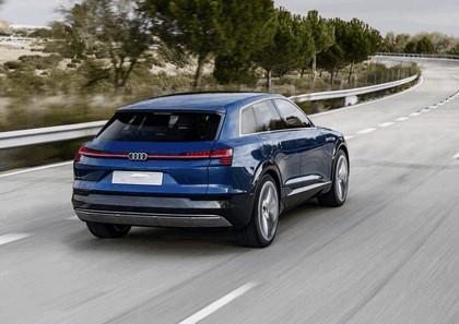 2015 Audi e-tron quattro concept 41