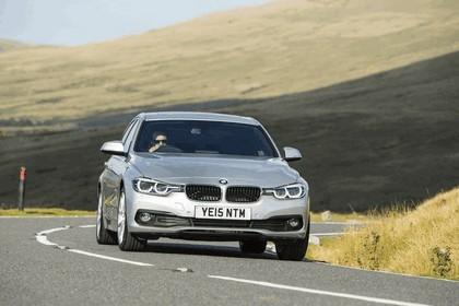 2015 BMW 320d xDrive SE Saloon - UK version 14