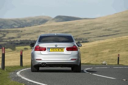 2015 BMW 320d xDrive SE Saloon - UK version 15