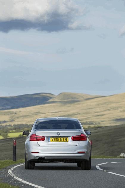 2015 BMW 320d xDrive SE Saloon - UK version 16