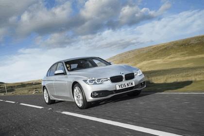 2015 BMW 320d xDrive SE Saloon - UK version 19