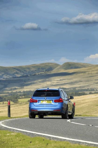2015 BMW 330d xDrive M Sport Touring - UK version 14