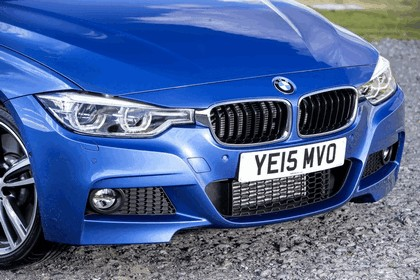 2015 BMW 330d xDrive M Sport Touring - UK version 32