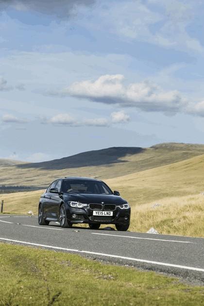 2015 BMW 340i M Sport Saloon - UK version 16