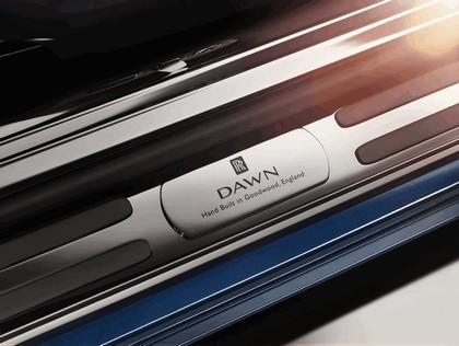 2015 Rolls-Royce Dawn 18