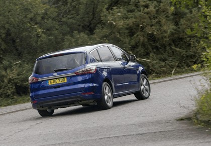 2015 Ford S-Max - UK version 15