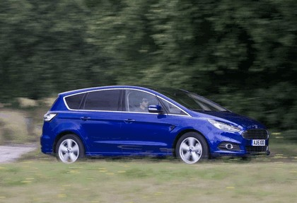 2015 Ford S-Max - UK version 16