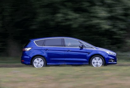 2015 Ford S-Max - UK version 17