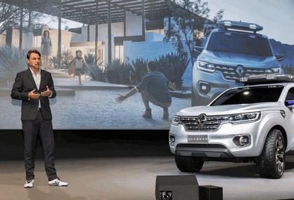 2015 Renault Alaskan concept 22