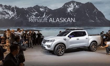 2015 Renault Alaskan concept 24