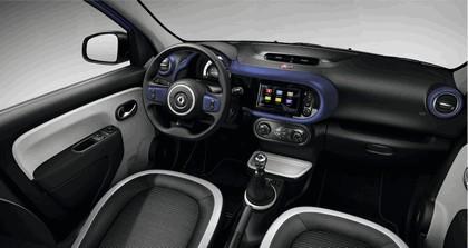 2015 Renault Twingo Cosmic 11