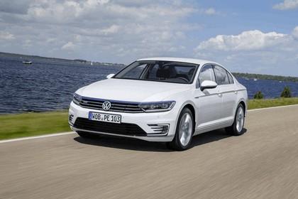 2015 Volkswagen Passat GTE 3