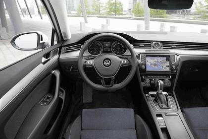 2015 Volkswagen Passat GTE 15