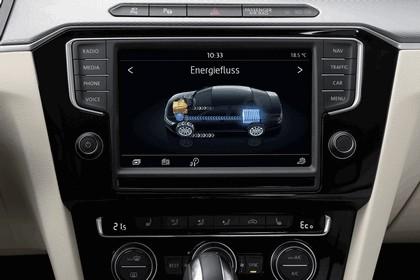 2015 Volkswagen Passat GTE 16