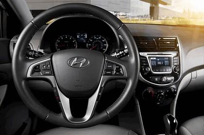2016 Hyundai Accent 13