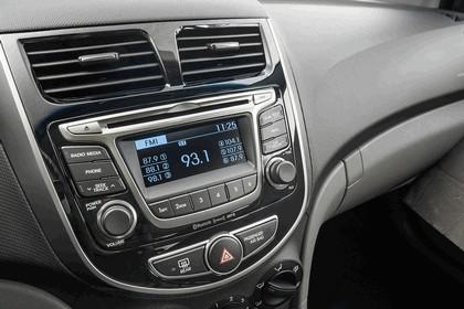 2016 Hyundai Accent 14