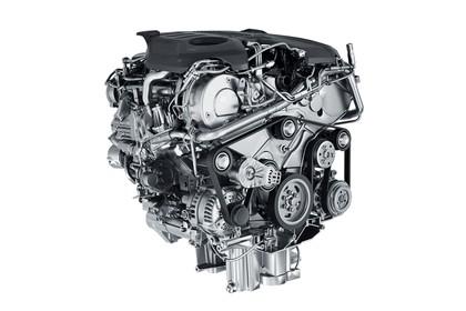 2015 Jaguar F-Pace LE S 29