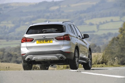 2015 BMW X1 20d Sport - UK version 14