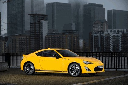 2015 Toyota GT86 Limited Edition Giallo 5