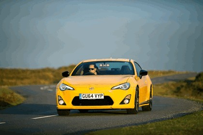 2015 Toyota GT86 Limited Edition Giallo 12