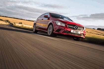 2015 Mercedes-Benz CLA 200 CDI Shooting Brake - UK version 5