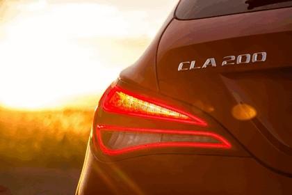 2015 Mercedes-Benz CLA 200 CDI Shooting Brake - UK version 16
