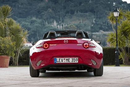 2015 Mazda MX-5 - UK version 47