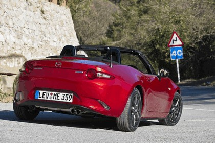 2015 Mazda MX-5 - UK version 52