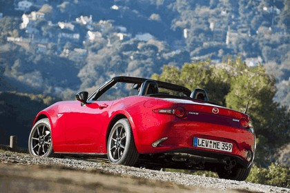 2015 Mazda MX-5 - UK version 53