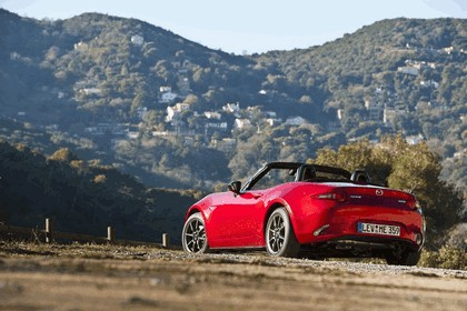 2015 Mazda MX-5 - UK version 54