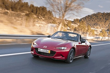 2015 Mazda MX-5 - UK version 61