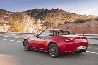 2015 Mazda MX-5 - UK version 65