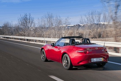 2015 Mazda MX-5 - UK version 66