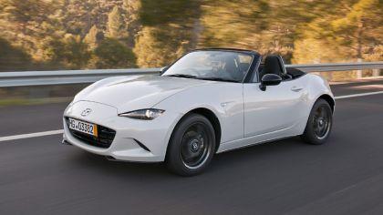 2015 Mazda MX-5 - UK version 5