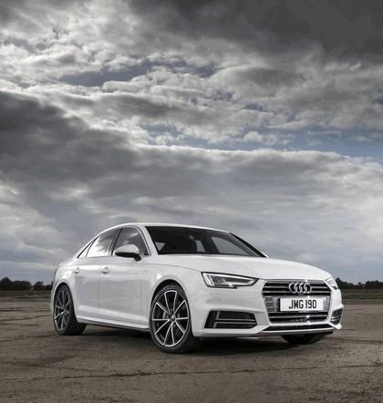 2015 Audi A4 2.0 TDI S-Line - UK version 6