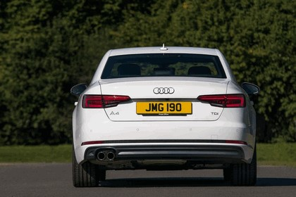 2015 Audi A4 2.0 TDI S-Line - UK version 23