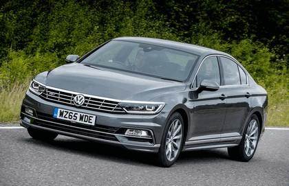 2015 Volkswagen Passat R-Line - UK version 4