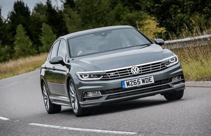 2015 Volkswagen Passat R-Line - UK version 5