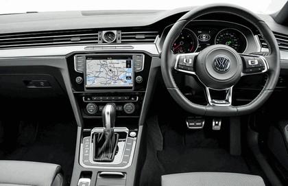 2015 Volkswagen Passat R-Line - UK version 10