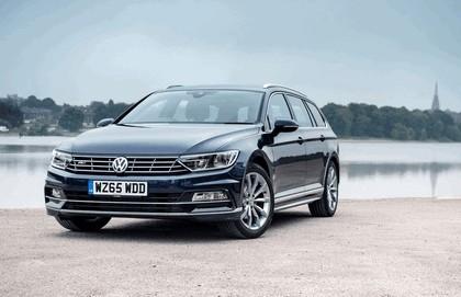 2015 Volkswagen Passat Estate R-Line - UK version 1