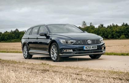 2015 Volkswagen Passat Estate R-Line - UK version 4