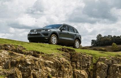 2015 Volkswagen Touareg Escape - UK version 4