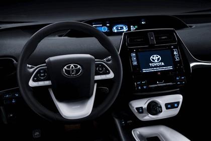 2016 Toyota Prius 32